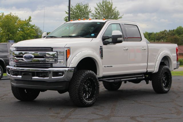 2017 Ford Super Duty F-250 Pickup Lariat Ultimate Edition Crew Cab 4x4 - LIFTED! Mooresville , NC 23
