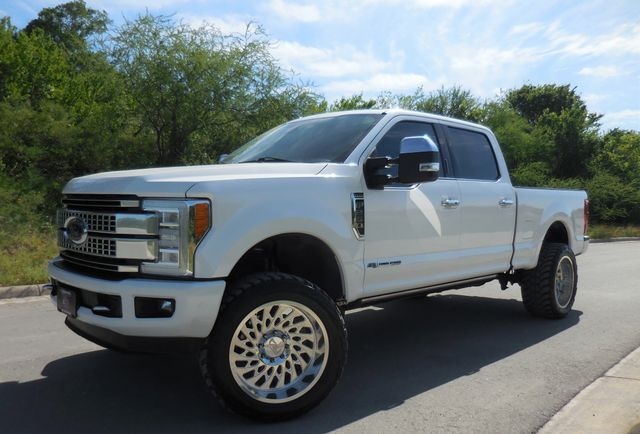 2017 Ford Super Duty F-250 Pickup Platinum