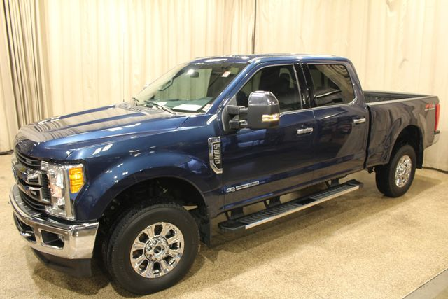 2017 Ford Super Duty F-250 Pickup XLT in Roscoe IL, 61073