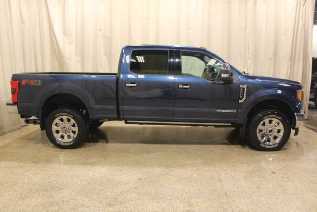 2017 Ford Super Duty F-250 Diesel 4x4 Lariat in Roscoe IL, 61073