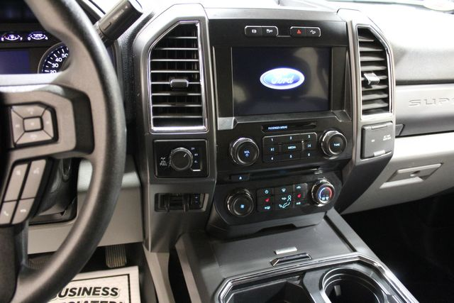 2017 Ford Super Duty F-250 diesel 4x4 Long Bed XLT in Roscoe, IL 61073
