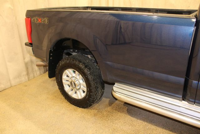 2017 Ford Super Duty F-250 Long Bed 4x4 XLT in Roscoe, IL 61073