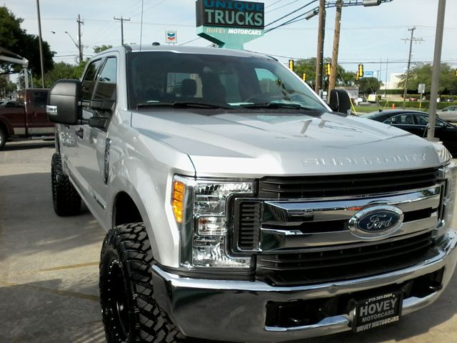 2017 Ford Super Duty F-250 Pickup XLT San Antonio, Texas 5