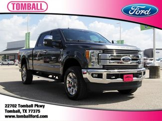 2017 Ford Super Duty F-250 Pickup Lariat in Tomball, TX 77375