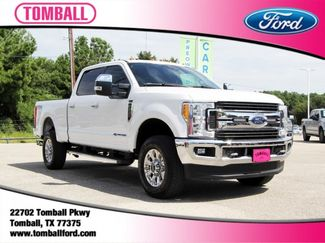 2017 Ford Super Duty F-250 Pickup XLT in Tomball, TX 77375