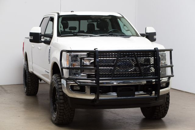 2017 Ford Super Duty F-250 SRW Lariat in Dallas, TX 75001