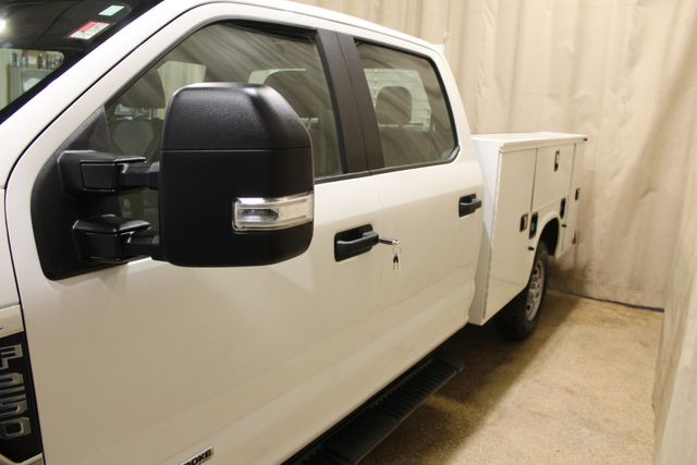 2017 Ford Super Duty F-250 Utility Box 4x4 Diesel XL in Roscoe, IL 61073