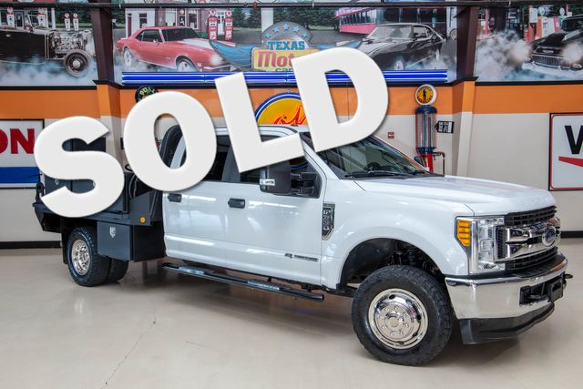 2017 Ford Super Duty F-350 DRW Chassis Cab XL 4x4