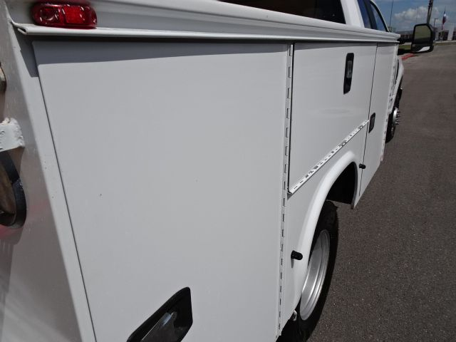2017 Ford Super Duty F-350 DRW Chassis Cab XL Utility Bed 4x4 in Corpus Christi, TX 78412