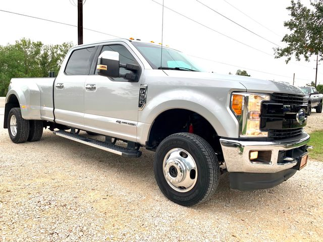 2017 Ford Super Duty F-350 DRW Lariat Crew Cab 4X4 6.7L Powerstroke Diesel Auto in Sealy, Texas 77474