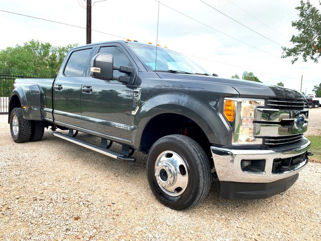 2017 Ford Super Duty F-350 DRW Lariat Crew Cab FX4 4X4 6.7L Powerstroke Diesel Auto in Sealy, Texas 77474