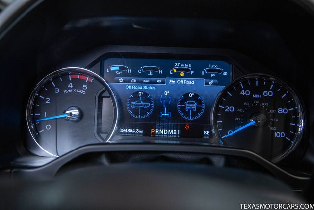 2017 Ford Super Duty F-350 DRW Pickup Lariat in Addison, Texas 75001