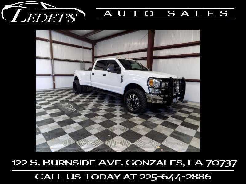 2017 Ford Super Duty F-350 DRW Pickup XLT 4WD - Ledet's Auto Sales Gonzales_state_zip in Gonzales Louisiana