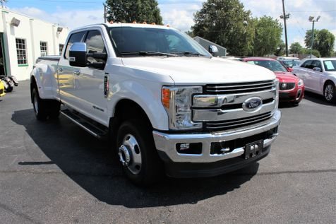 2017 Ford Super Duty F-350 DRW Pickup Lariat FX-4 | Granite City, Illinois | MasterCars Company Inc. in Granite City, Illinois
