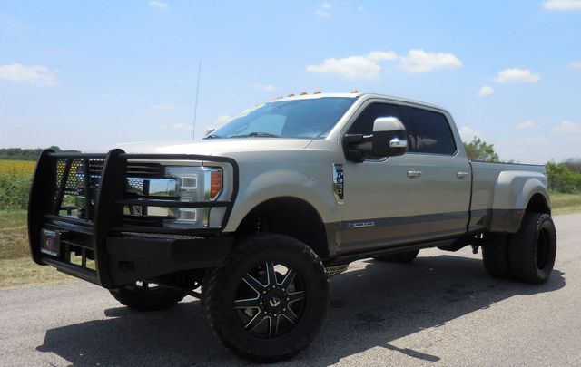 2017 Ford Super Duty F-350 DRW Pickup King Ranch