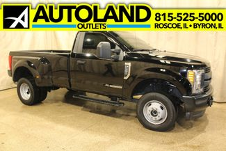 2017 Ford Super Duty F-350 DRW Pickup XL in Roscoe IL, 61073
