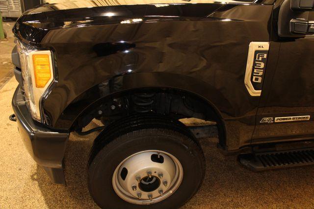 2017 Ford Super Duty F-350 DRW Pickup XL in Roscoe, IL 61073