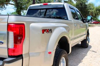 2017 Ford Super Duty F-350 DRW Platinum FX4 4X4 6.7L Powerstroke Diesel Auto Sealy, Texas 10