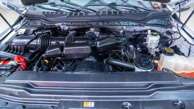 2017 Ford Super Duty F-350 SRW XLT in Addison, Texas 75001