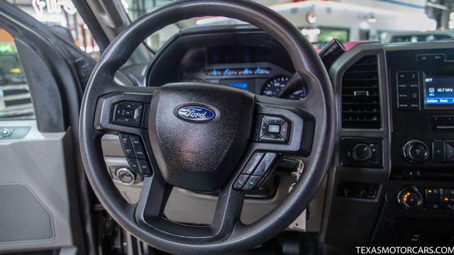 2017 Ford Super Duty F-350 SRW Pickup 4x4 in Addison, Texas 75001