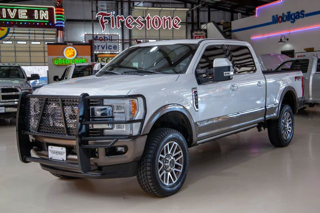 2017 Ford Super Duty F-350 SRW Pickup King Ranch 4x4 in Addison, Texas 75001