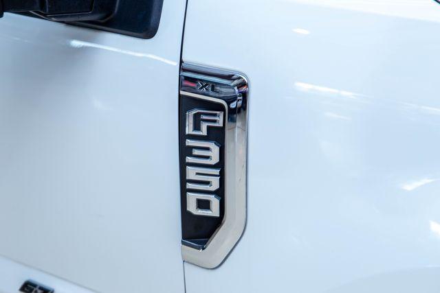 2017 Ford Super Duty F-350 SRW Pickup XL in Addison, Texas 75001