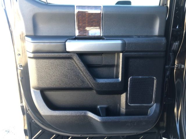 2017 Ford Super Duty F-350 SRW Pickup Platinum LINDON, UT 26