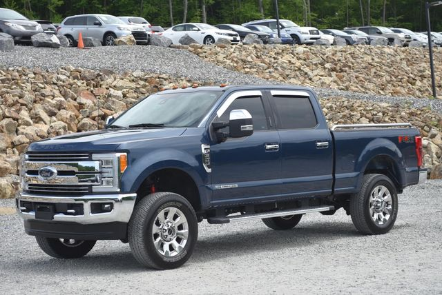 2017 Ford Super Duty F-350 SRW Pickup Lariat Naugatuck, Connecticut