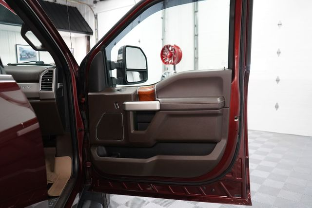 2017 Ford Super Duty F-350 SRW Pickup King Ranch in Erie, PA 16428