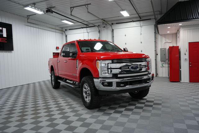 2017 Ford Super Duty F-350 SRW Pickup Lariat in North East, PA 16428