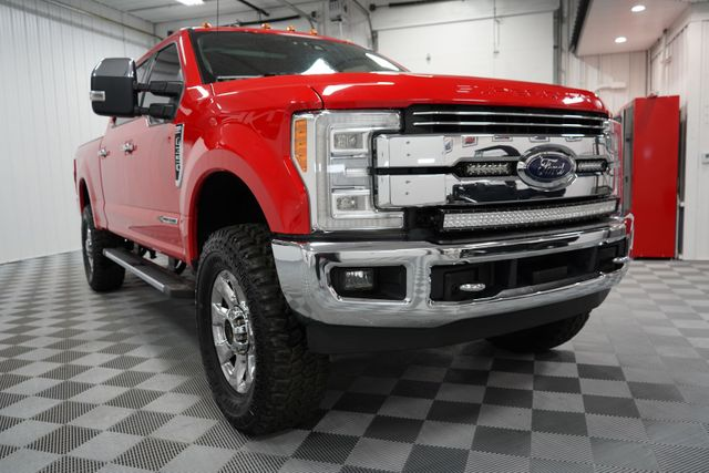 2017 Ford Super Duty F-350 SRW Pickup Lariat in Erie, PA 16428