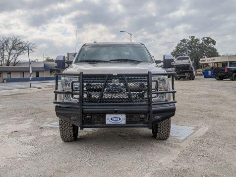 2017 Ford Super Duty F-350 SRW Pickup Lariat | Pleasanton, TX | Pleasanton Truck Company in Pleasanton, TX