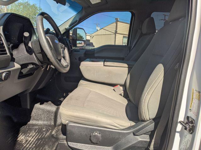 2017 Ford Super Duty F-350 SRW Pickup XL in Pleasanton, TX 78064