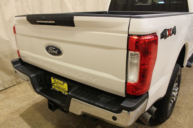2017 Ford Super Duty F-350 SRW Pickup Lariat in Roscoe IL, 61073