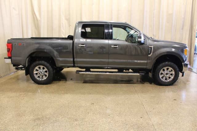 2017 Ford Super Duty F-350 SRW Pickup XLT in Roscoe IL, 61073