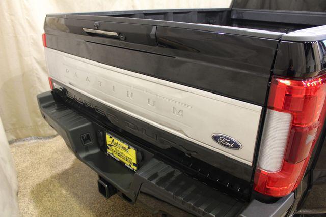 2017 Ford Super Duty F-450 Dually Diesel 4x4 Platinum in Roscoe IL, 61073