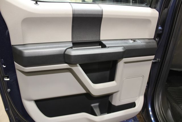 2017 Ford Super Duty F-550 DRW Chassis Cab XL in Roscoe IL, 61073