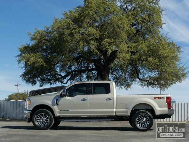 2017 Ford Super Duty F250 Crew Cab Lariat FX4 6.7L Power Stroke Diesel 4X4
