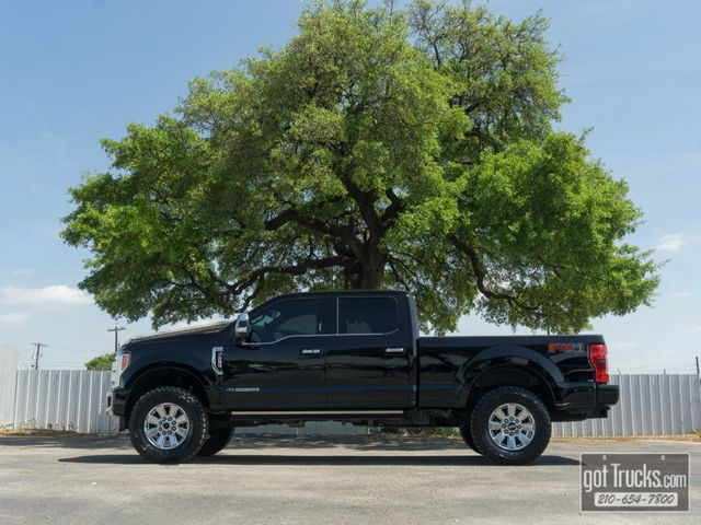 2017 Ford Super Duty F250 Crew Cab Platinum FX4 6.7L Power Stroke Diesel 4X4