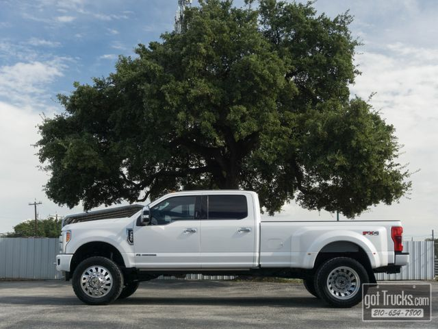 2017 Ford Super Duty F350 Crew Cab Platinum FX4 6.7L Power Stroke Diesel 4X4