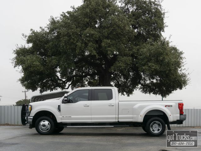 2017 Ford Super Duty F350 Crew Cab Lariat FX4 6.7L Power Stroke Diesel 4X4