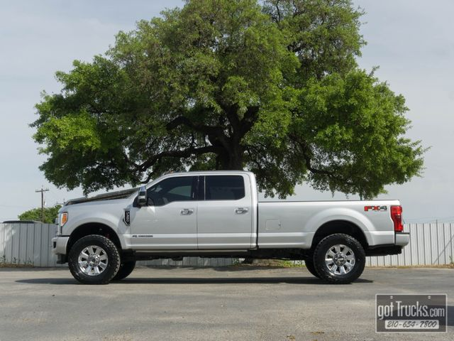 2017 Ford Super Duty F350 Crew Cab Platinum 6.7L Power Stroke Diesel 4X4