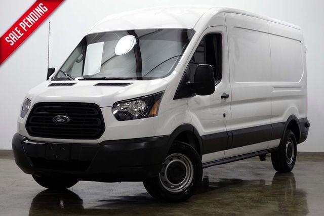 2017 Ford T250 Vans Cargo Medium Roof
