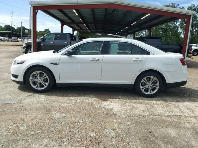 2017 Ford Taurus SE Houston, Mississippi 3