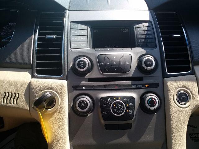 2017 Ford Taurus SE Houston, Mississippi 11