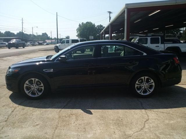 2017 Ford Taurus SE Houston, Mississippi 3