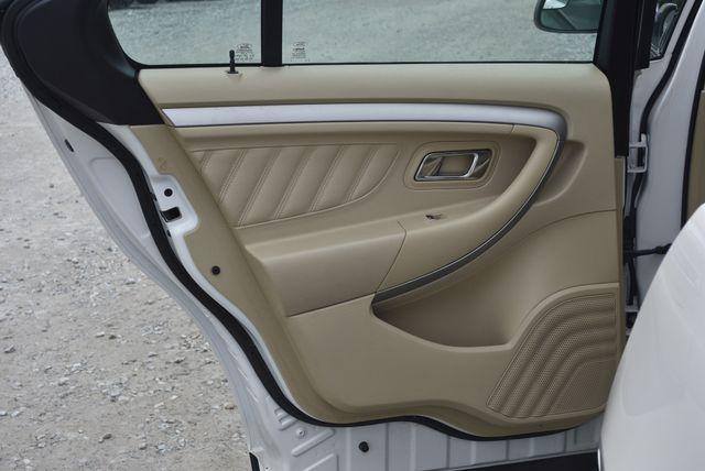 2017 Ford Taurus SEL Naugatuck, Connecticut 12