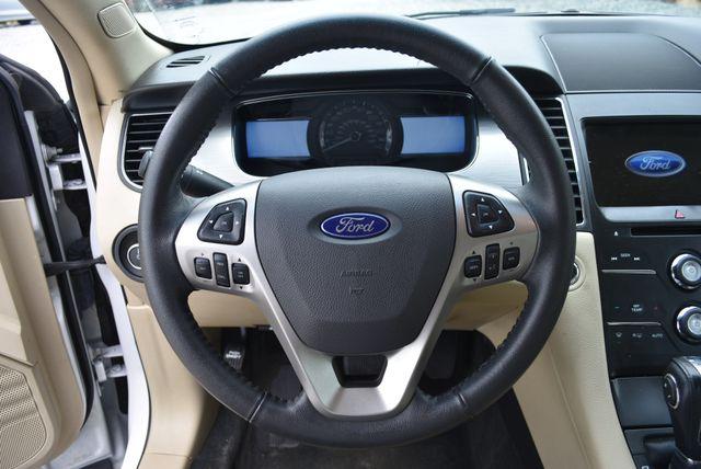 2017 Ford Taurus SEL Naugatuck, Connecticut 17