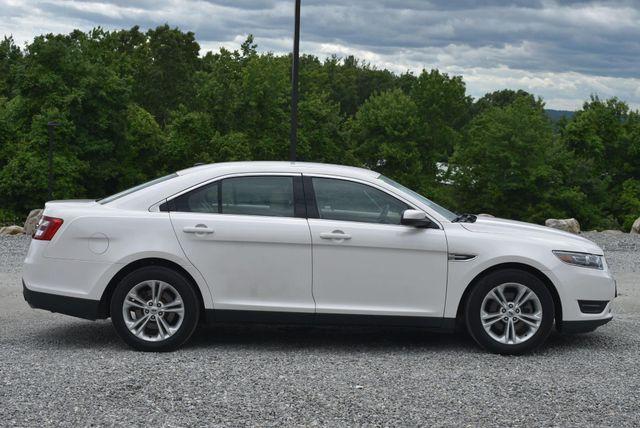 2017 Ford Taurus SEL Naugatuck, Connecticut 5