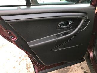 2017 Ford Taurus AWD Police Osseo, Minnesota 16